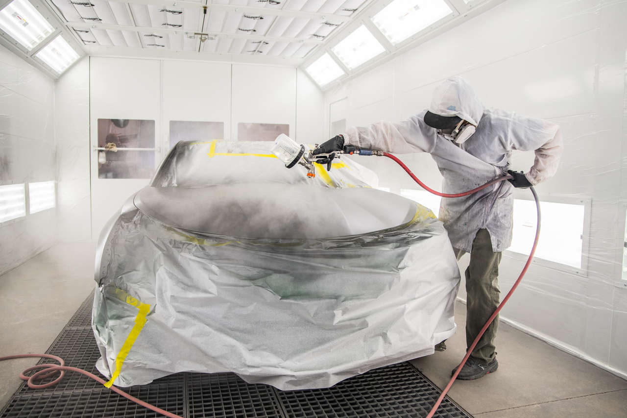 Why You Should Use a Professional Auto Body Painter
